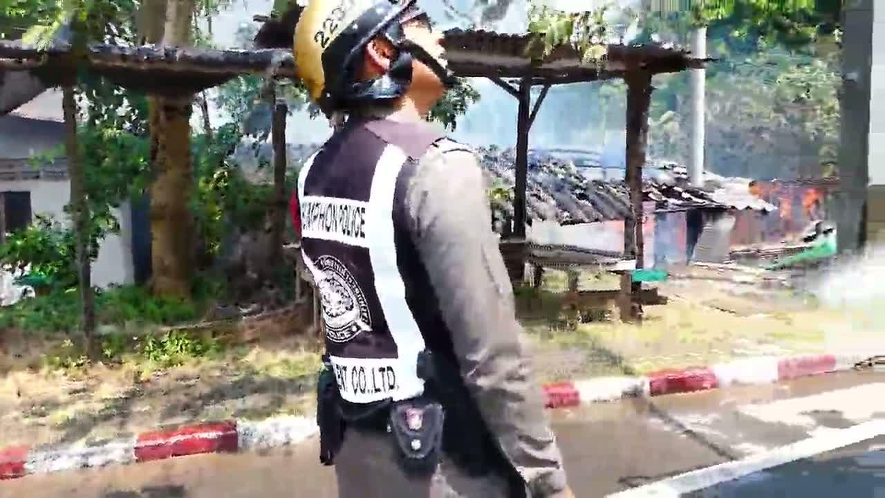 ชุมพร หวิดวอดหมด เพลิงไหม้กลางเมืองชุมพร บ้านนักข่าว