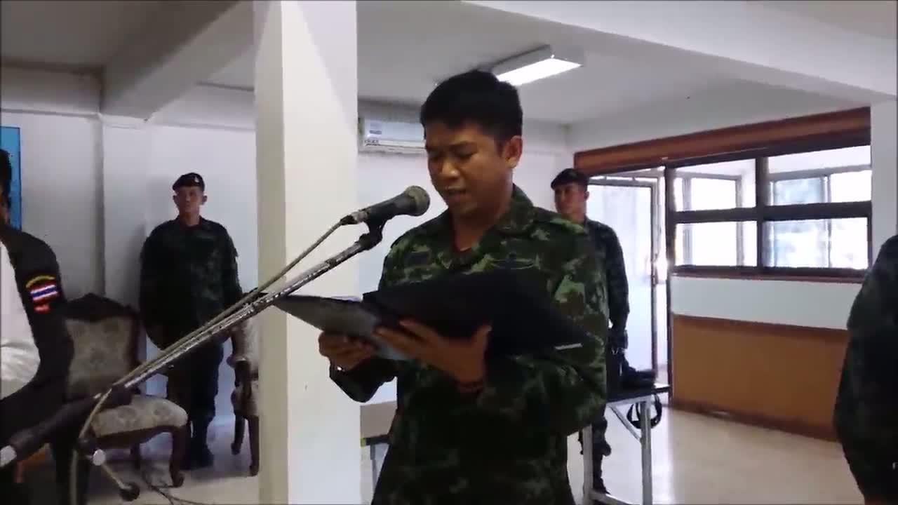 ศรีสะเกษ- รอง ผบ.ทหารสูงสุดกัมพูชาถวายอาลัยในหลวง