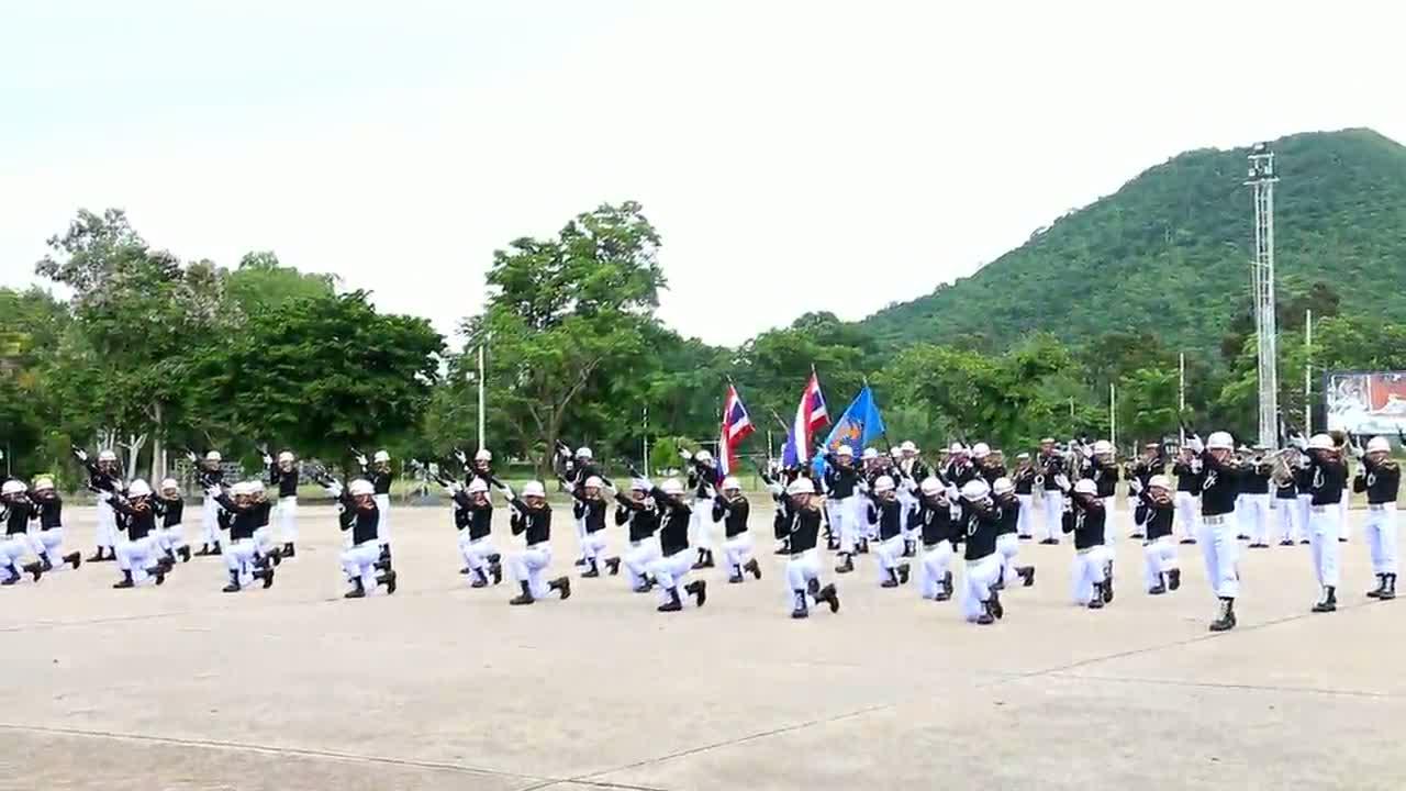 สัตหีบ-ดังทั่วโลก แฟนซีดริลนักเรียนจ่าทหารเรือ ญี่ปุ่นบุกหาความจริง